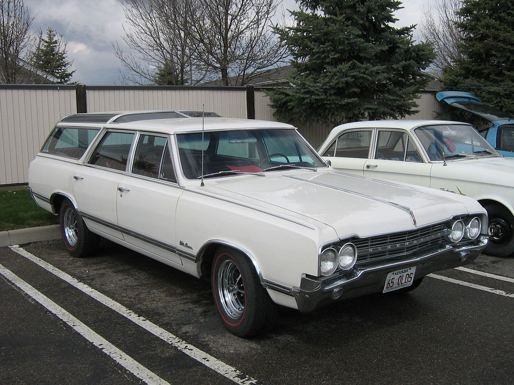 A 1965 Oldsmobile Vista Cruiser